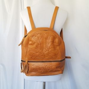 Leaders in Leather Handmade Tooled Tan Bac…